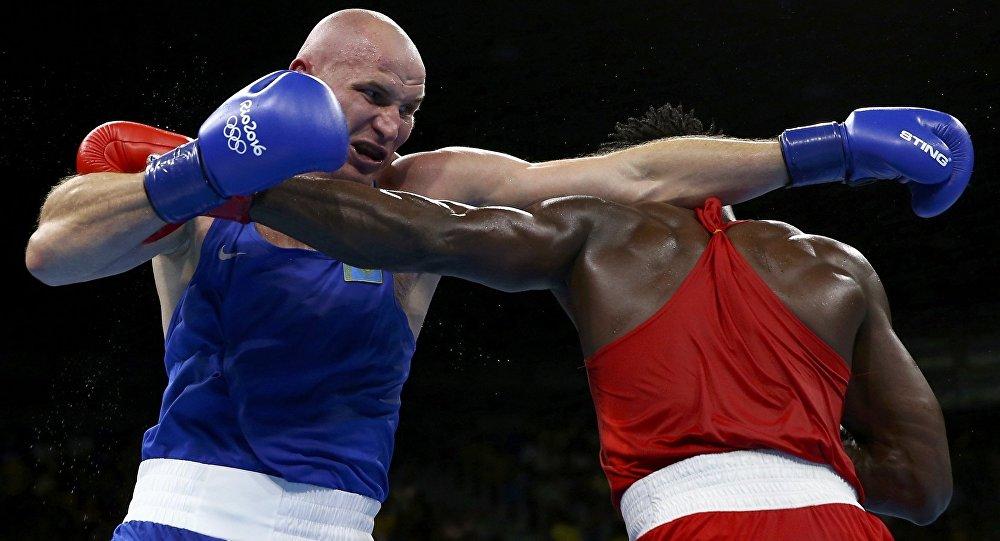 Казахстанский боксер Иван Дычко