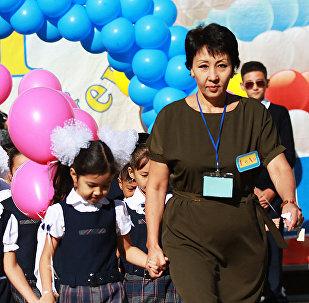 1 сентября в школе № 244 г.Алматы