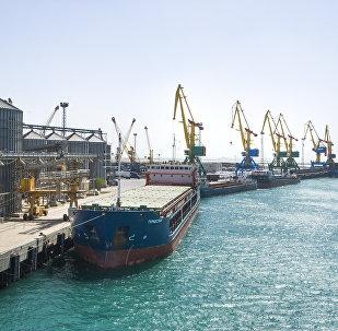 Ақтау теңіз порты