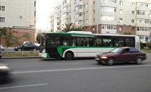 Архивное фото автобуса