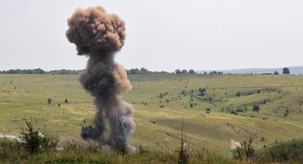 Уничтожение боеприпасов. Архивное фото